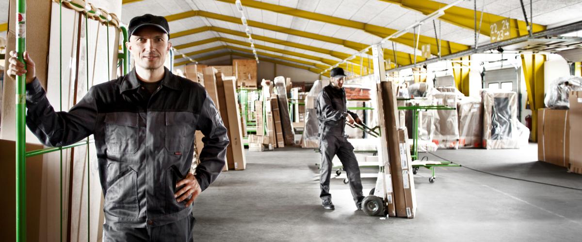 Transport, Umzug oder Montage - wir bieten Ihnen den kompletten Service für Ihre Büromöbel